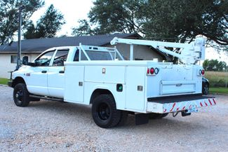 2007 Dodge Ram 3500 DRW SLT Quad Cab 4X4 6.7L Cummins Diesel 6 Speed Manual Liftmoore Crane Sealy, Texas 7