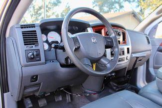 2007 Dodge Ram 3500 SRW Laramie Quad Cab 4X4 6.7L Cummins Diesel 6 Speed Manual Sealy, Texas 25