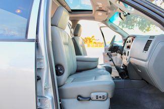 2007 Dodge Ram 3500 SRW Laramie Quad Cab 4X4 6.7L Cummins Diesel 6 Speed Manual Sealy, Texas 39