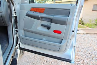 2007 Dodge Ram 3500 SRW Laramie Quad Cab 4X4 6.7L Cummins Diesel 6 Speed Manual Sealy, Texas 42