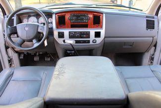 2007 Dodge Ram 3500 SRW Laramie Quad Cab 4X4 6.7L Cummins Diesel 6 Speed Manual Sealy, Texas 44