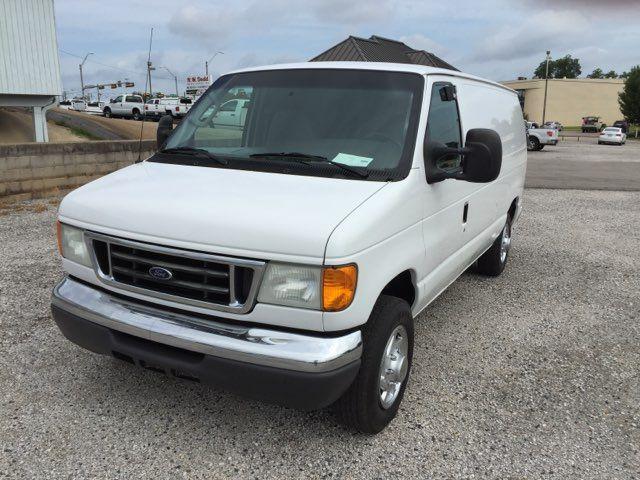 2007 Ford E150 Vans Econoline   Gilmer, TX   H.M. Dodd Motor Co., Inc. in Gilmer TX