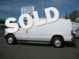 2007 Ford Econoline Cargo Van in , CT