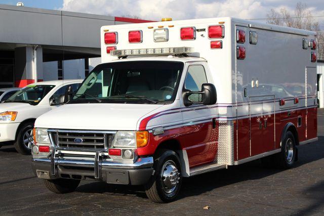 2007 Ford Econoline Commercial Cutaway E450 PL CUSTOM AMBULANCE TYPE III Mooresville , NC 18