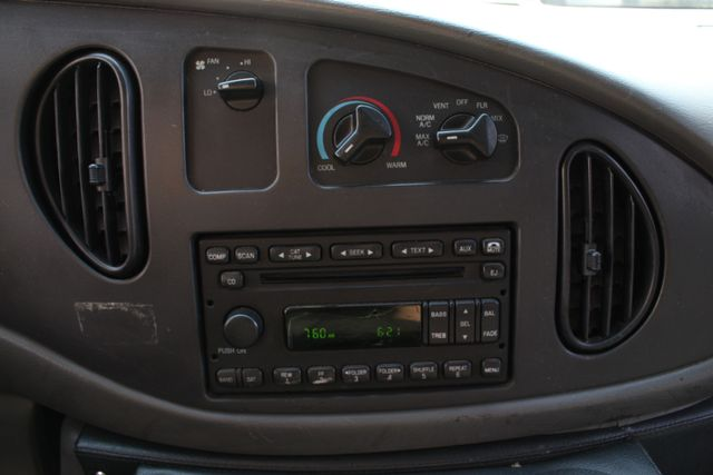 2007 Ford Econoline Commercial Cutaway E450 PL CUSTOM AMBULANCE TYPE III Mooresville , NC 36