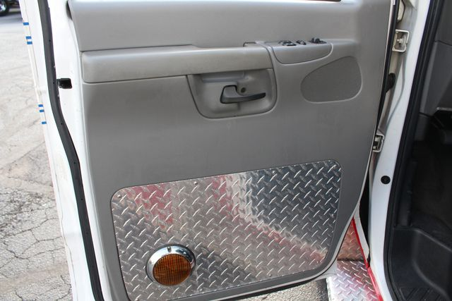 2007 Ford Econoline Commercial Cutaway E450 PL CUSTOM AMBULANCE TYPE III Mooresville , NC 61