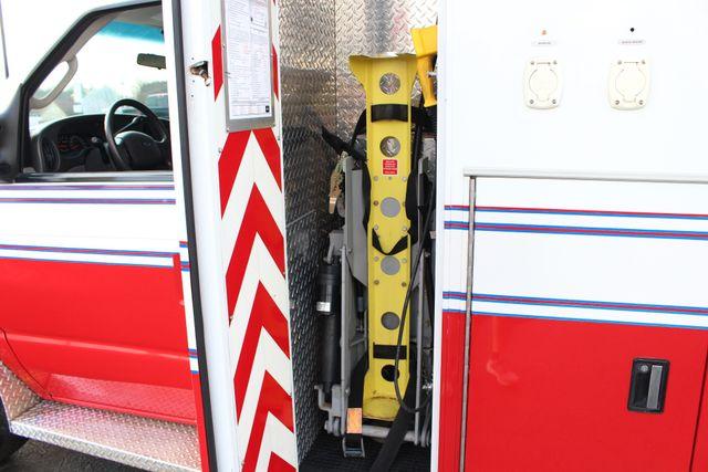 2007 Ford Econoline Commercial Cutaway E450 PL CUSTOM AMBULANCE TYPE III Mooresville , NC 23