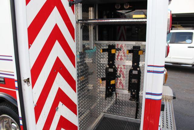 2007 Ford Econoline Commercial Cutaway E450 PL CUSTOM AMBULANCE TYPE III Mooresville , NC 26