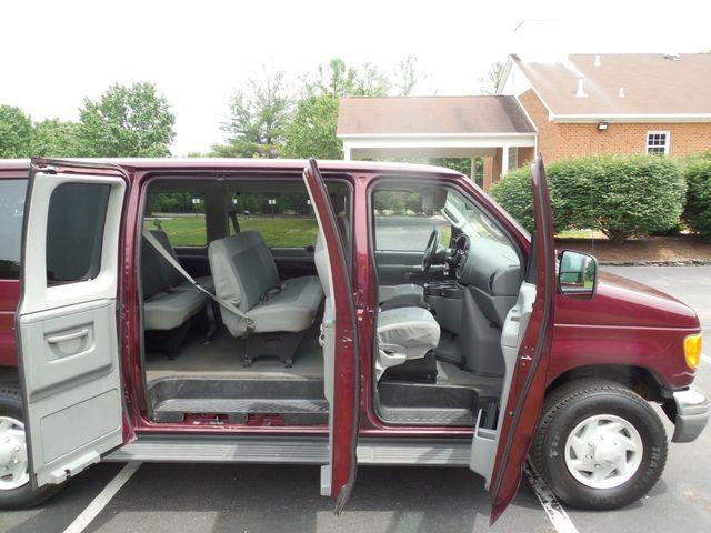 2007 Ford Econoline Wagon XLT Leesburg, Virginia 8