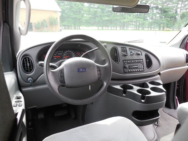 2007 Ford Econoline Wagon XLT Leesburg, Virginia 22