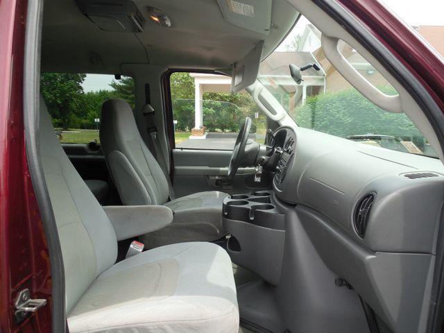 2007 Ford Econoline Wagon XLT Leesburg, Virginia 10