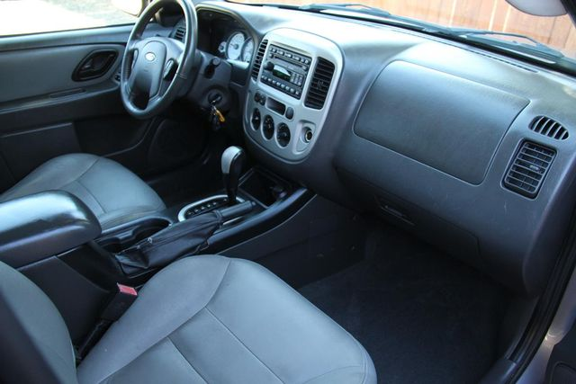2007 Ford Escape XLT Santa Clarita, CA 9