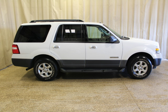 2007 Ford Expedition XLT Roscoe, Illinois 1