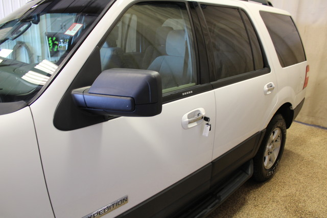 2007 Ford Expedition XLT Roscoe, Illinois 7