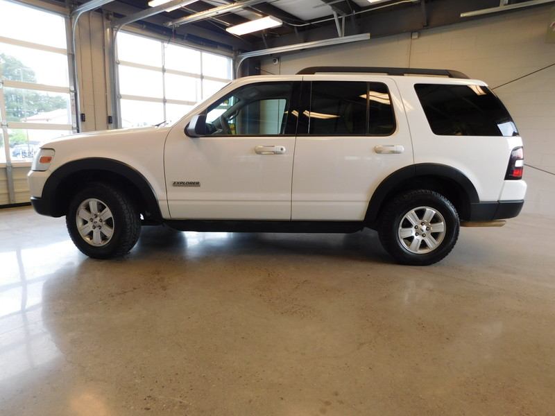 2007 Ford Explorer XLT  city TN  Doug Justus Auto Center Inc  in Airport Motor Mile ( Metro Knoxville ), TN