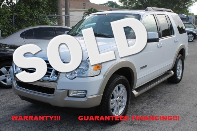 2007 Ford Explorer Eddie Bauer  WARRANTY CARFAX CERTIFIED AUTOCHECK CERTIFIED 1OWNER FLORID