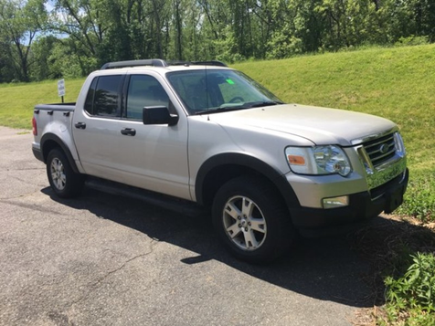 2007 Ford Explorer Sport Trac XLT in West Springfield, MA