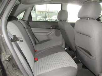 2007 Ford Focus SES Gardena, California 11