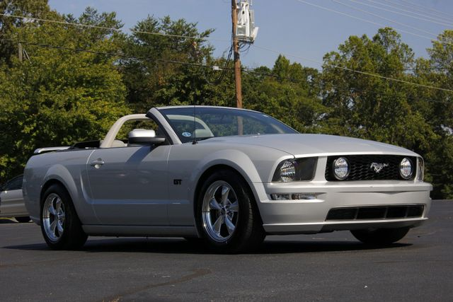 2007 Ford Mustang GT Premium - LOT$ OF EXTRA$! Mooresville , NC 25