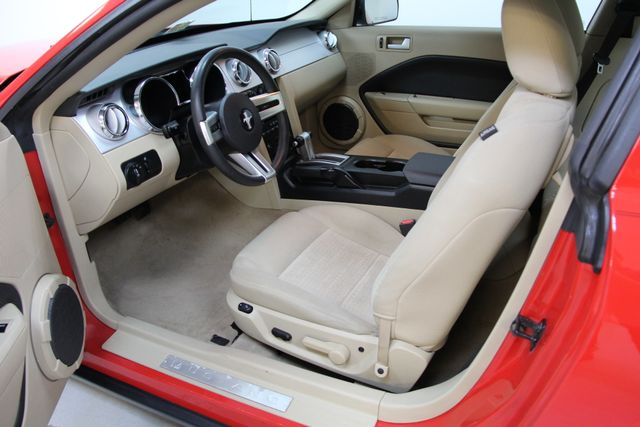 2007 Ford Mustang Premium Richmond, Virginia 2