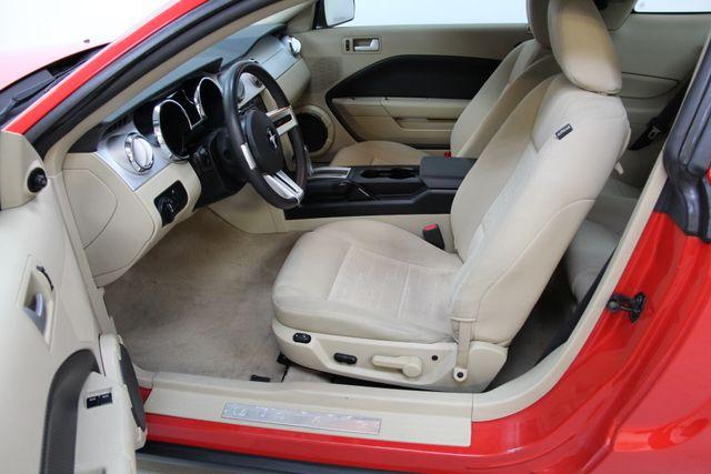 2007 Ford Mustang Premium Richmond, Virginia 4