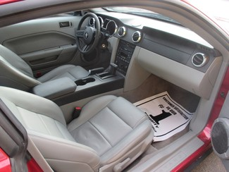 2007 Ford Mustang Deluxe Saint Ann, MO 10