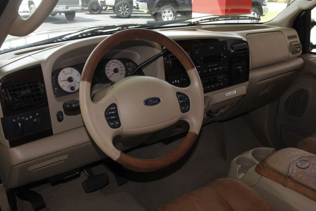 2007 Ford Super Duty F-250 King Ranch Crew Cab 4x4 FX4 - HEATED LEATHER! Mooresville , NC 33