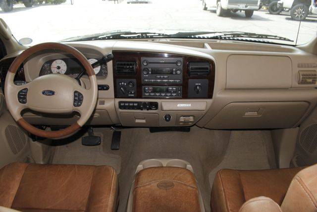2007 Ford Super Duty F-250 King Ranch Crew Cab 4x4 FX4 - HEATED LEATHER! Mooresville , NC 32