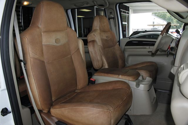 2007 Ford Super Duty F-250 King Ranch Crew Cab 4x4 FX4 - HEATED LEATHER! Mooresville , NC 12