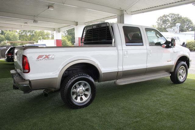 2007 Ford Super Duty F-250 King Ranch Crew Cab 4x4 FX4 - HEATED LEATHER! Mooresville , NC 25