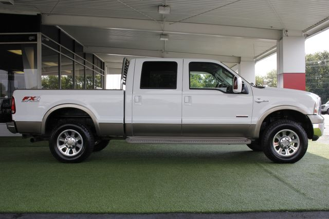 2007 Ford Super Duty F-250 King Ranch Crew Cab 4x4 FX4 - HEATED LEATHER! Mooresville , NC 13