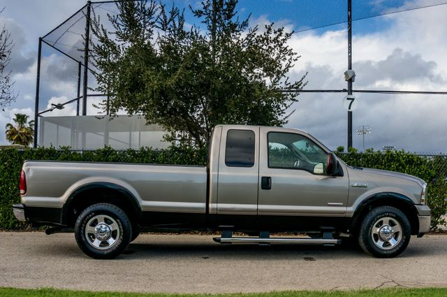 2007 Ford Super Duty F-250 Lariat Reseda, CA 5