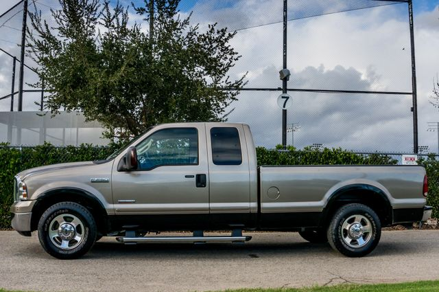 2007 Ford Super Duty F-250 Lariat Reseda, CA 4