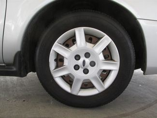 2007 Ford Taurus SE Gardena, California 16
