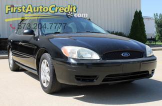 2007 Ford Taurus in Jackson  MO