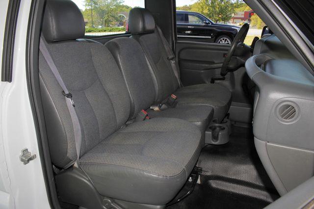 2007 GMC Sierra 1500 Classic REG CAB Long Bed RWD Mooresville , NC 10