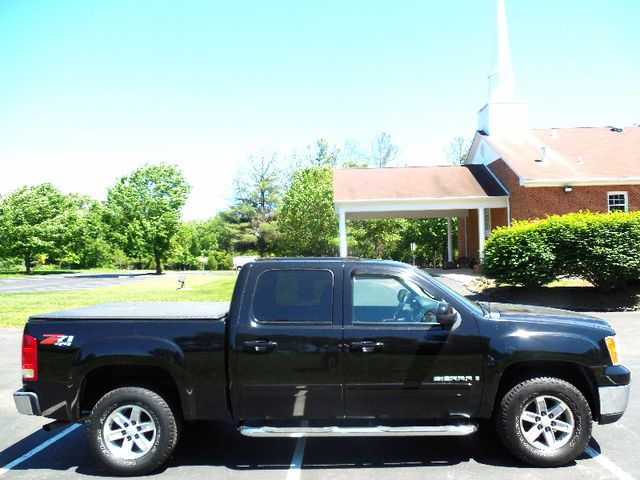 2007 GMC Sierra 1500 SLT Leesburg, Virginia 4