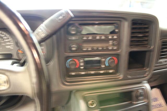 2007 GMC Sierra 2500HD Classic SLE2 Roscoe, Illinois 16