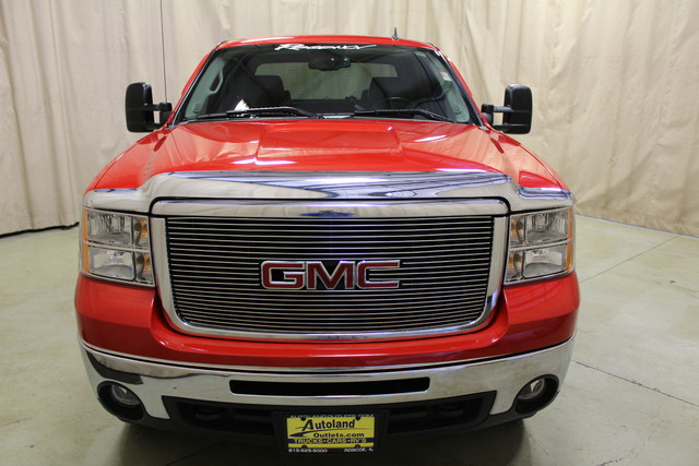 2007 GMC Sierra 2500HD SLT Roscoe, Illinois 3