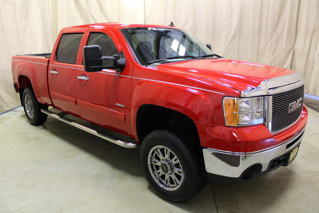 2007 GMC Sierra 2500HD SLT Roscoe, Illinois 2