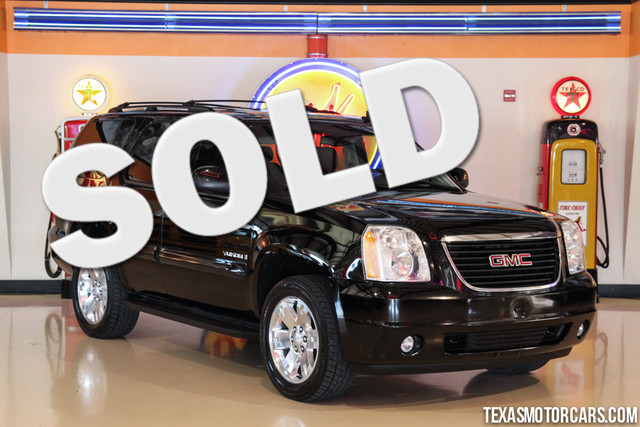 2007 GMC Yukon SLT This Carfax 1-Owner accident-free 2007 GMC Yukon SLT is in great shape with on
