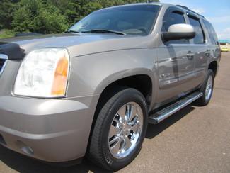 2007 GMC Yukon SLT Batesville, Mississippi 9
