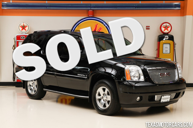 2007 GMC Yukon Denali This clean Carfax 2007 GMC Yukon Denali is in great shape with only 107 611