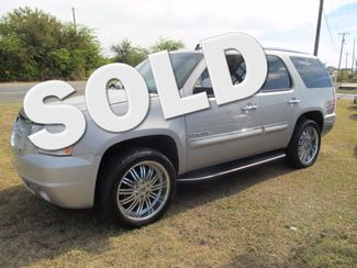 2007 GMC Yukon Denali  | Greenville, TX | Barrow Motors in Greenville TX