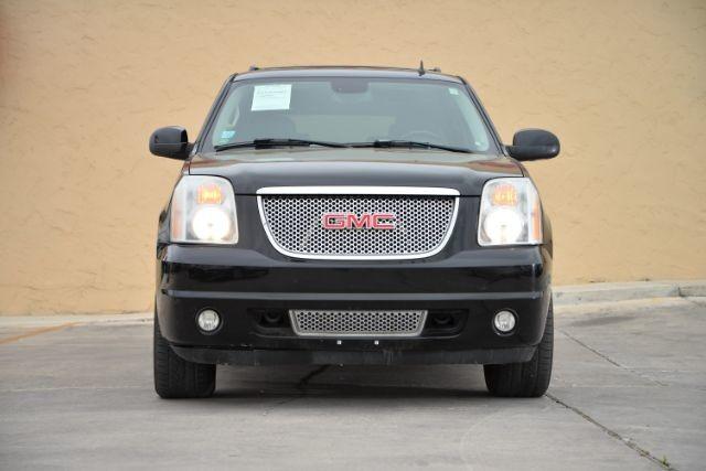 2007 GMC Yukon Denali AWD San Antonio , Texas 3