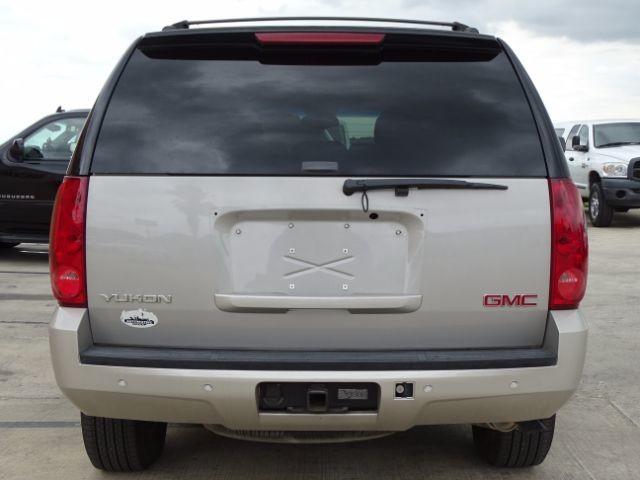 2007 GMC Yukon SLT San Antonio , Texas 3