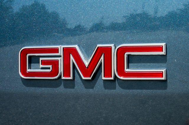 2007 GMC Yukon XL Denali  AWD - 145K MILES - NAVI - DVD - 3RD ROW Reseda, CA 57