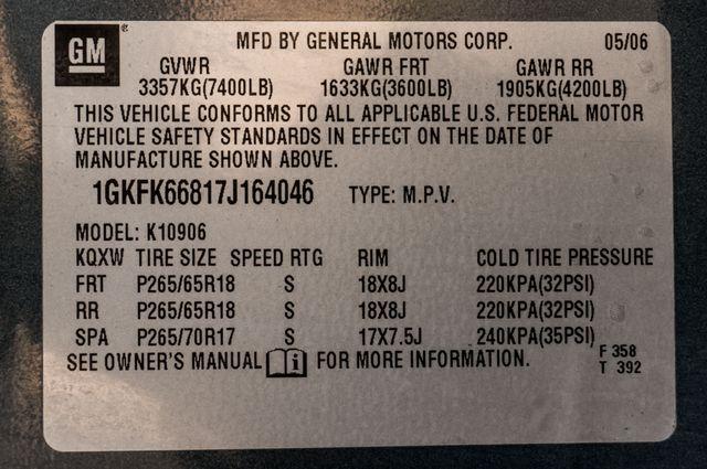 2007 GMC Yukon XL Denali  AWD - 145K MILES - NAVI - DVD - 3RD ROW Reseda, CA 46