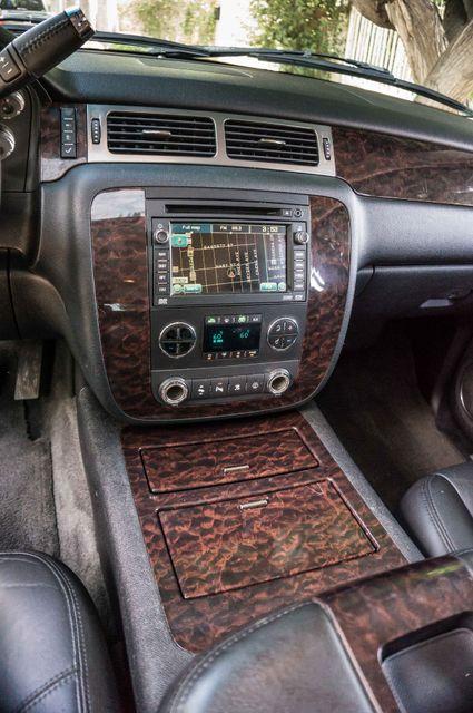 2007 GMC Yukon XL Denali  AWD - 145K MILES - NAVI - DVD - 3RD ROW Reseda, CA 25