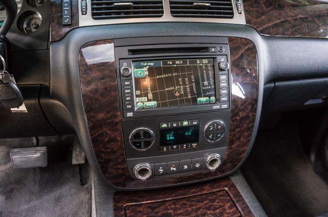 2007 GMC Yukon XL Denali  AWD - 145K MILES - NAVI - DVD - 3RD ROW Reseda, CA 24